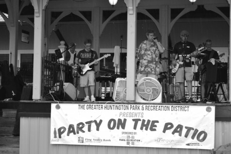 Party on the Patio brings Huntington community together