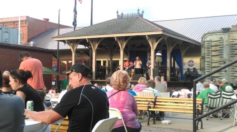 Locals gather for Blues and Arts Festival