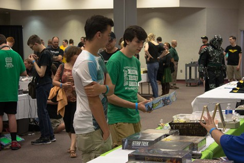 Retro video game convention warped into downtown Huntington