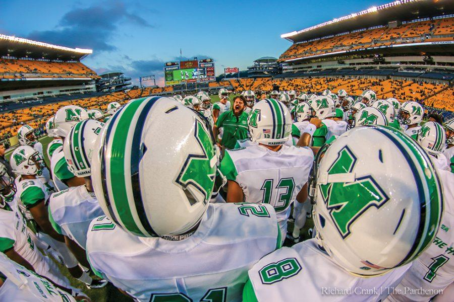 The+Marshall+football+team+takes+the+field+ahead+of+their+game+with+the+Pittsburgh+Panthers.+Marshall+ultimately+lost+the+game+41-27%2C+their+second+loss+of+the+season+to+an+ACC+school.