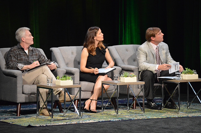 Students+presented+their+ideas+in+front+of+actress+and+West+Virginia-native+Jennifer+Garner%2C+Marshall+alumnus+and+former+NFL+player+Chad+Pennington+and+Intuit+CEO+Brad+Smith+%E2%80%9CShark+Tank%E2%80%9D+style.