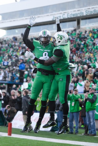 GALLERY: Herd football remains undefeated