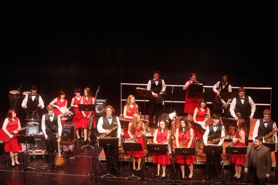 Bridgeport+High+School%E2%80%99s+honor+band+plays+at+the+Joan+C.+Edwards+Playhouse+Thursday.