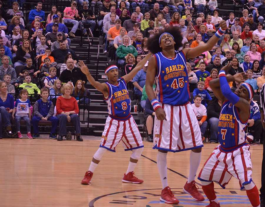The Harlem Globetrotters play at the Big Sandy Superstore Arena Wednesday.