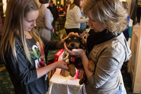 Dog Bowl raises funds at Colonial Lanes
