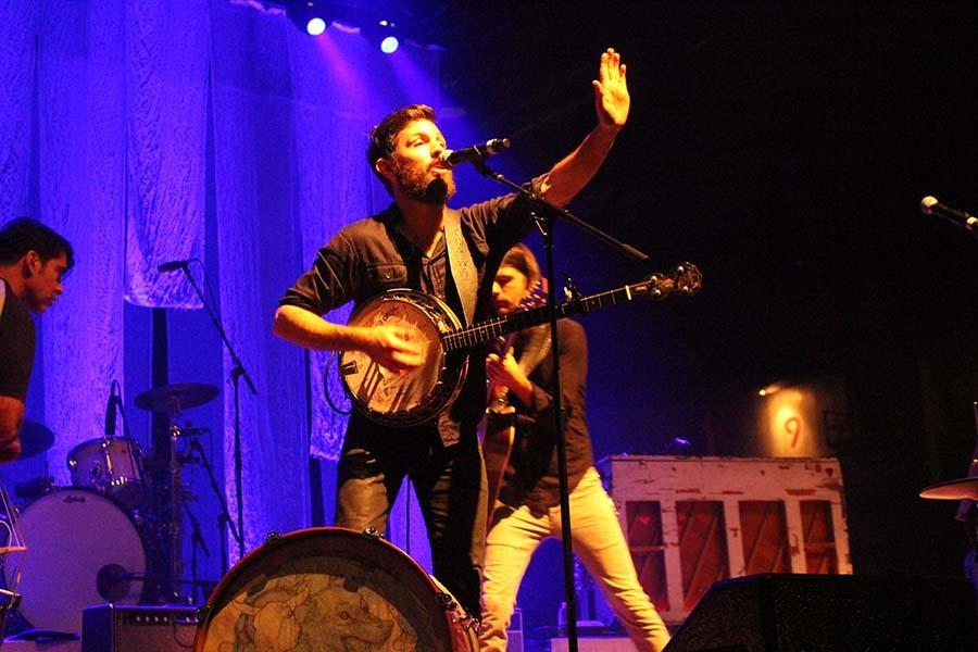 The+Avett+Brothers+perform+Thursday+at+the+Big+Sandy+Superstore+Arena.