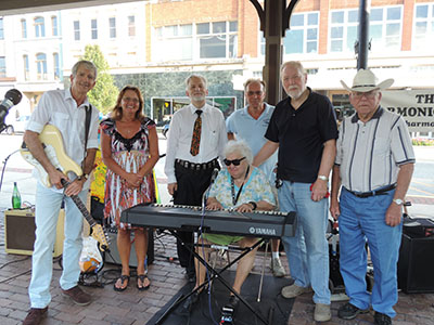 Harmonica Club performs at Pullman Square