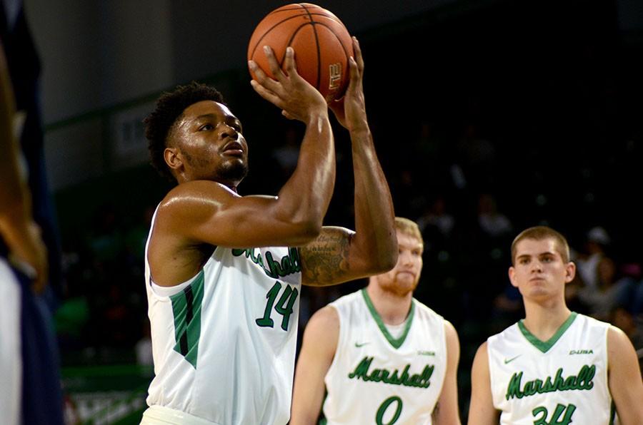 Sophomore+C.J.+Burks+of+Martinsburg%2C+West+Virginia+prepares+to+shoot+a+free+throw+during+the+men%E2%80%99s+basketball+exhibition+game+Nov.+12.