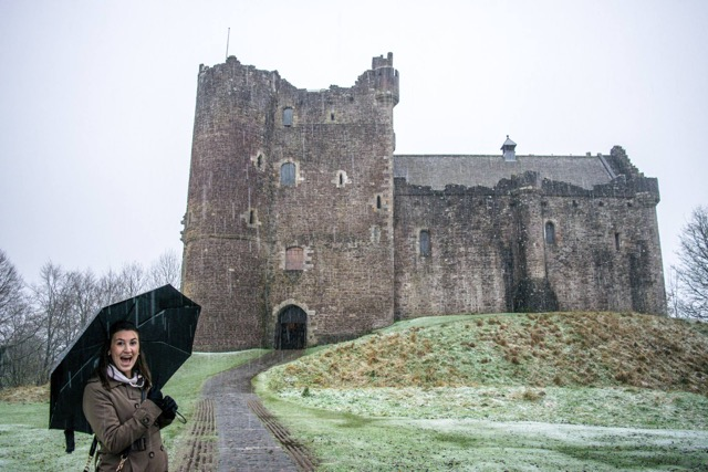 Shannon+Lester+poses+beside+the+Doune+Castle+in+Scotland+during+her+semester+abroad.