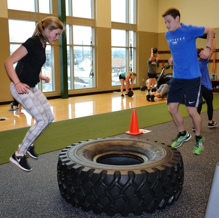 Students+complete+a+round+of+exercises+during+a+Studio+X+session+on+Wednesday.