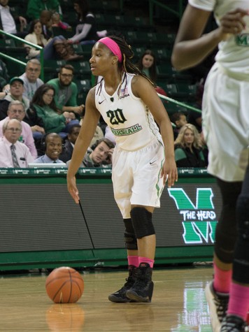 Women's basketball heads to Charlotte looking to rebound from loss to WKU