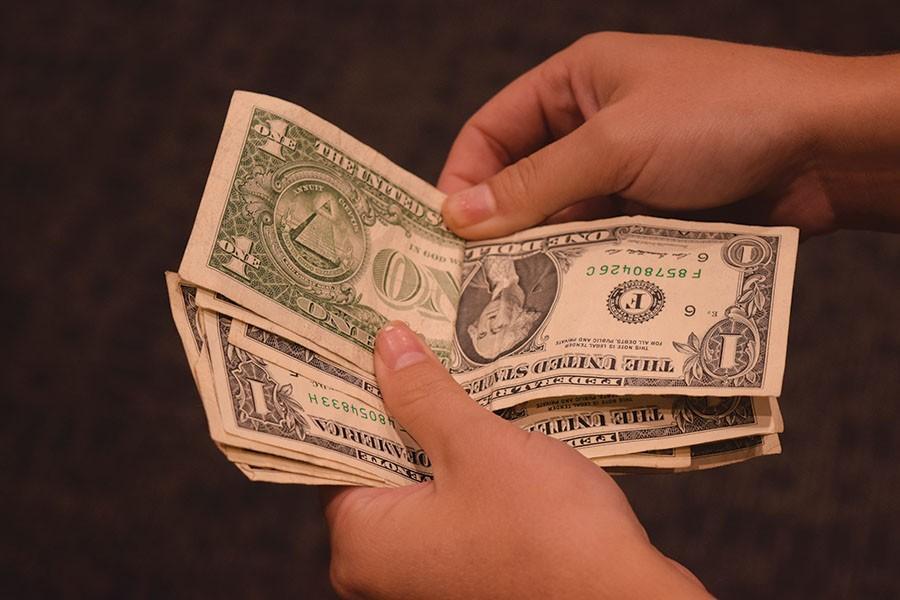 042216-RJF-Money-o