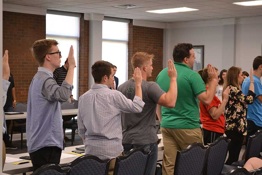 SGA senators are sworn in during the first meeting of senate session 74.