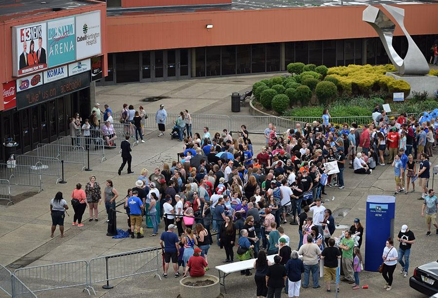 People await the doors to open for the Bernie Sanders rally in front of the Big Sandy Superstore Arena, April 26, 2016.