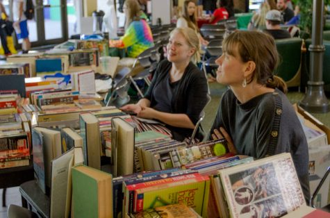 Women's Studies and History departments band together for book sale fundraiser