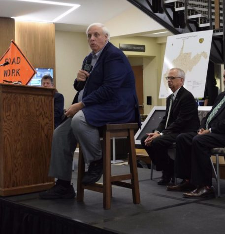 Justice talks jobs, infrastructure during Marshall town hall