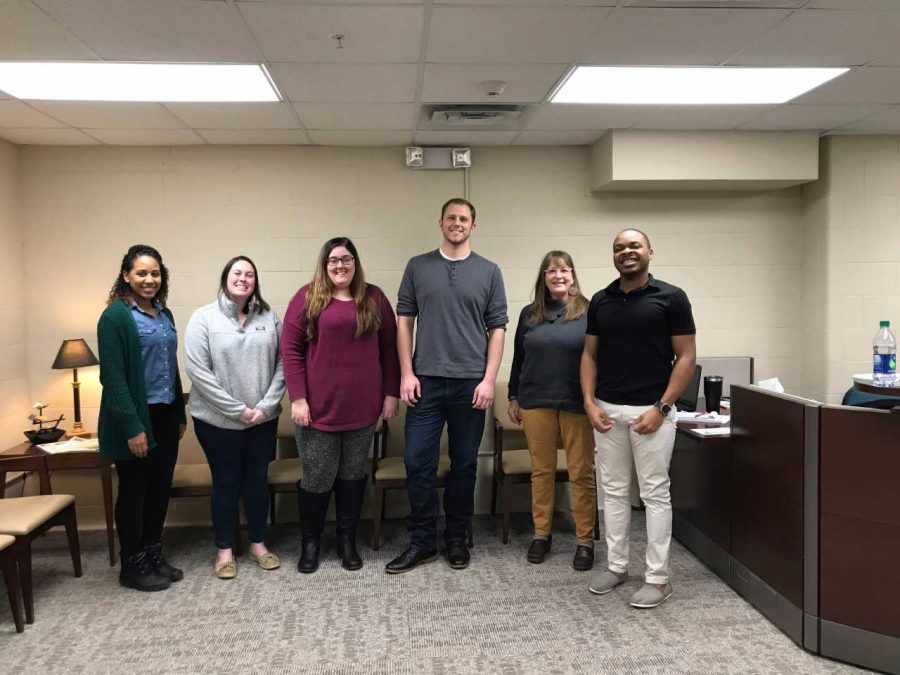 Graduate social work students offer to help those on campus relax with new 'De-Stress Yourself' program throughout February