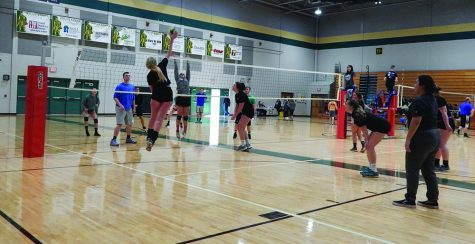 Volleyball tournament raises funds for Homes For Our Troops, Starkey Hearing Foundation