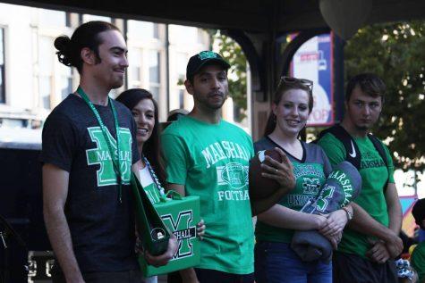 Huntington rallies to kick off football season and new school year
