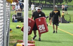 Steelers, Ravens invite Marshall equipment managers to training camps