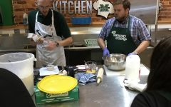 Huntington's Kitchen continues cooking class series for community