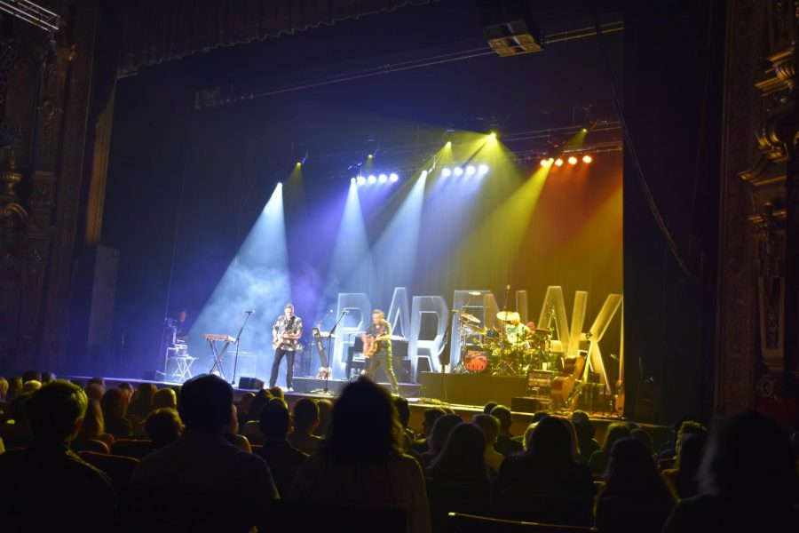 Huntingtons Keith Albee Theater lit up with The Barenaked Ladies performance Thursday night