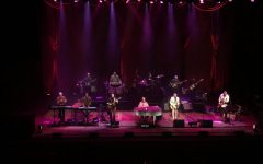 Former Beach Boy rocks Huntington with old hits