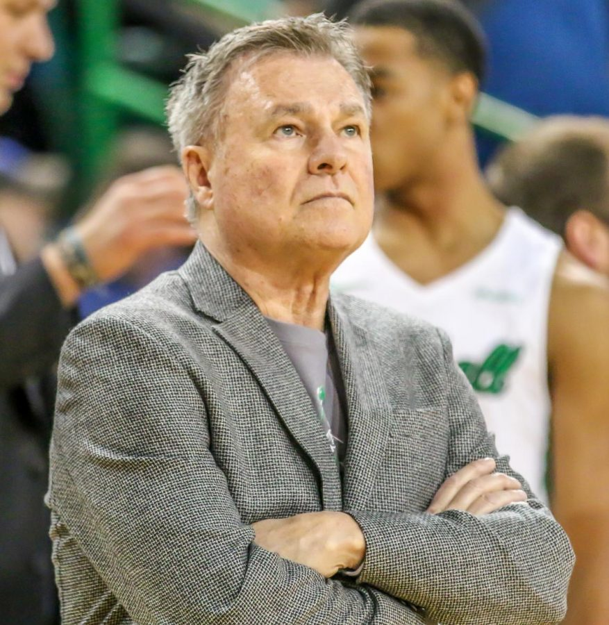 Head+coach+Dan+D%27Antoni+looks+on+during+Marshall%27s+game+against+UTEP+on+Jan.+31%2C+2019.