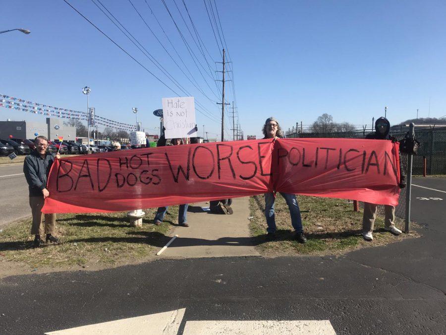 Residents+protest+W.Va.+delegate%E2%80%99s+business