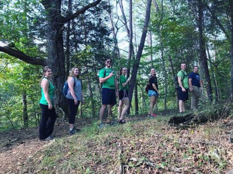 Students take a hike from stress with Hiking Herd club