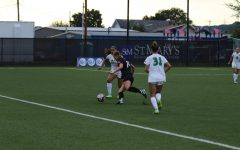 Women's soccer looks to start season competitively with all healthy players
