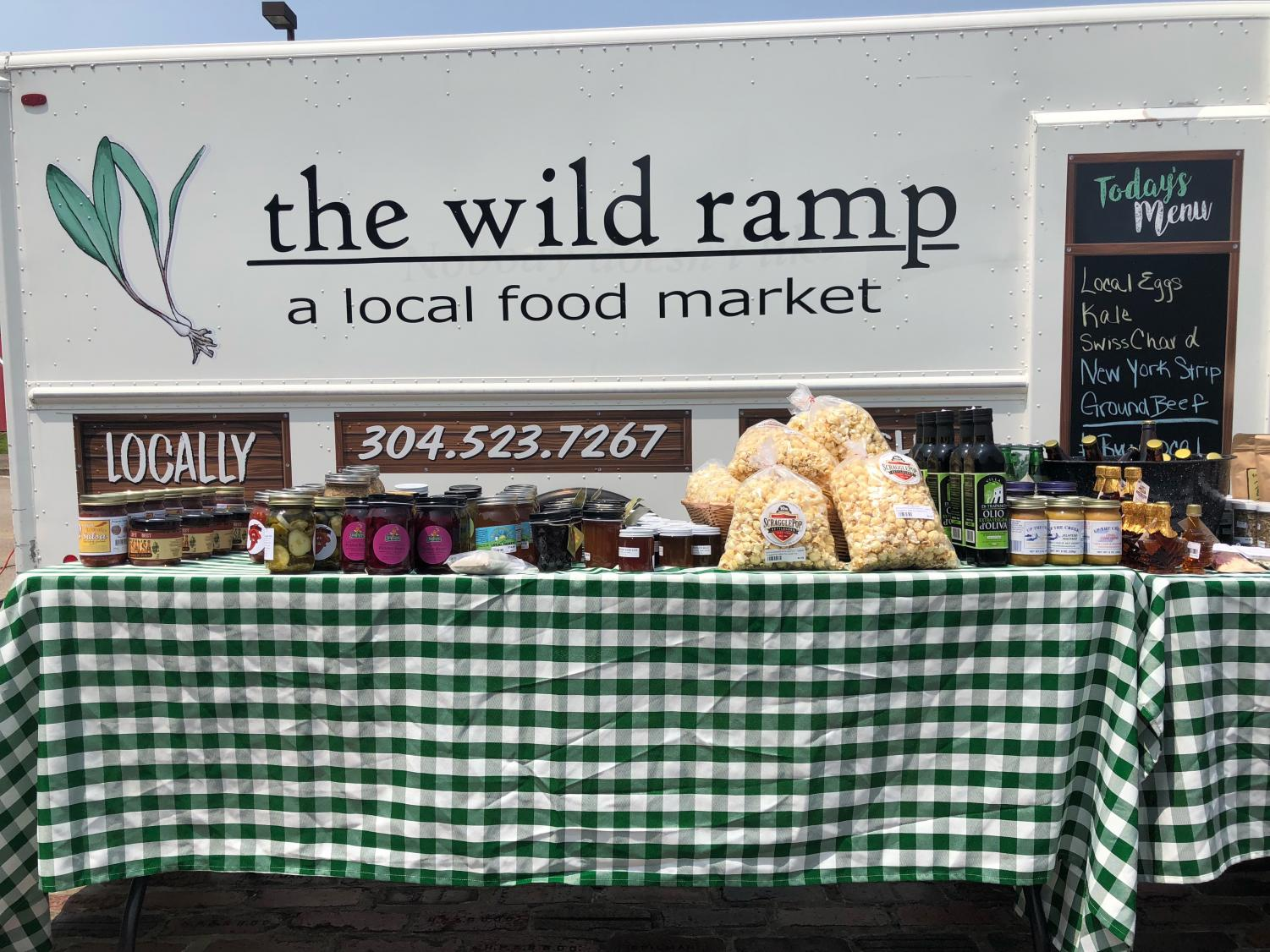 The Wild Ramp's Mobile Market selling fresh produce to passersby at Heritage Station.