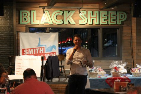 Smith campaign completes record 100th town hall in Huntington