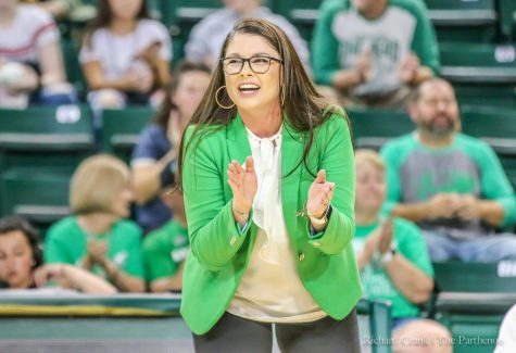Marshall volleyball starts Conference season 2-0