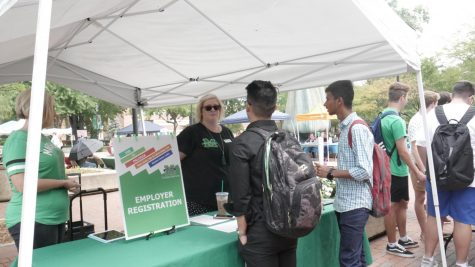 Job-A-Palooza connects Marshall students to future employers