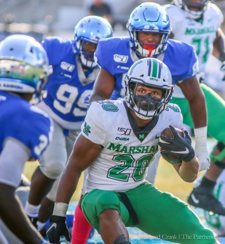 Marshall defeats Middle Tennessee, moves to top of conference standings
