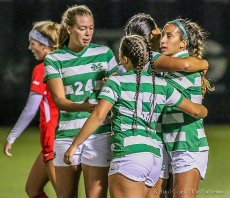Women's soccer falls to WKU in final match of the season