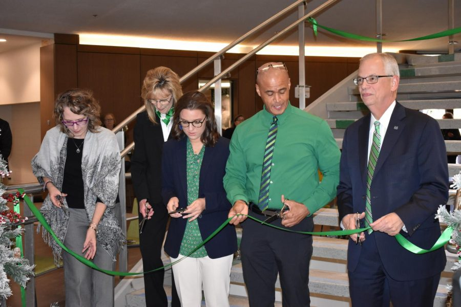Marshall+University+unveiled+the+newly+renovated+Memorial+Student+Center+Dec.+5.+