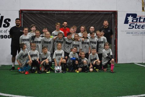 Rafael Simoes and Paulo Pita with ZEE Goalkeeper Academy campers.