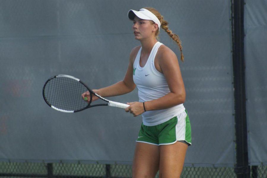 Marshall Women's Tennis Players take on LU Invitational