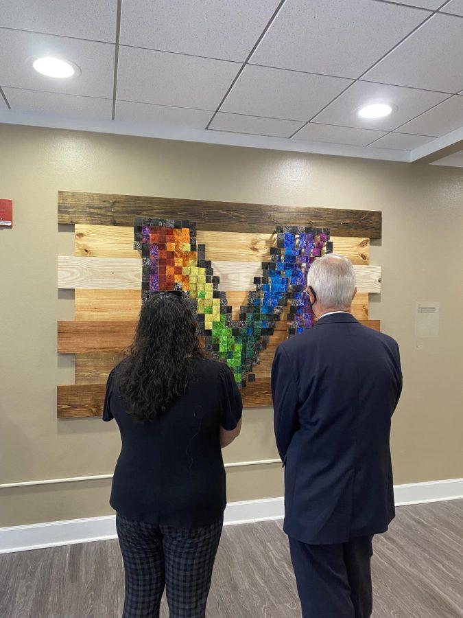 President Gilbert takes art tour across campus